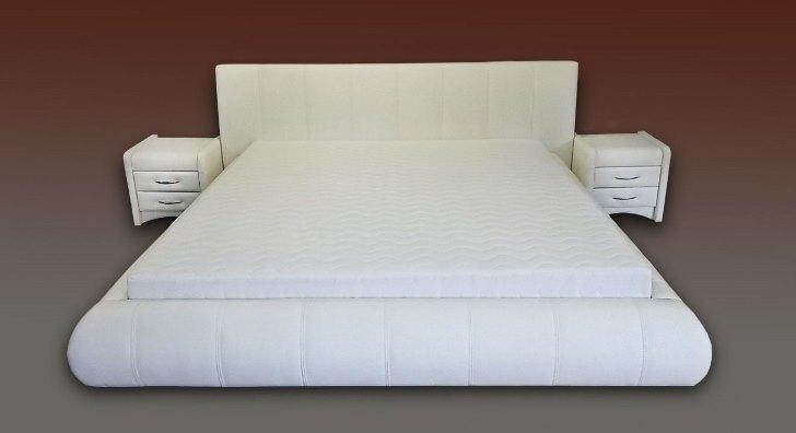 ekskluzywne łóżko białe
